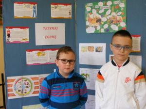 Plakat O Zdrowym Odżywianiu Szkoła Podstawowa W Jaźwinach